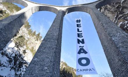 Após fiasco de Bolsonaro, Davos estampa faixa '#ELENÃO'