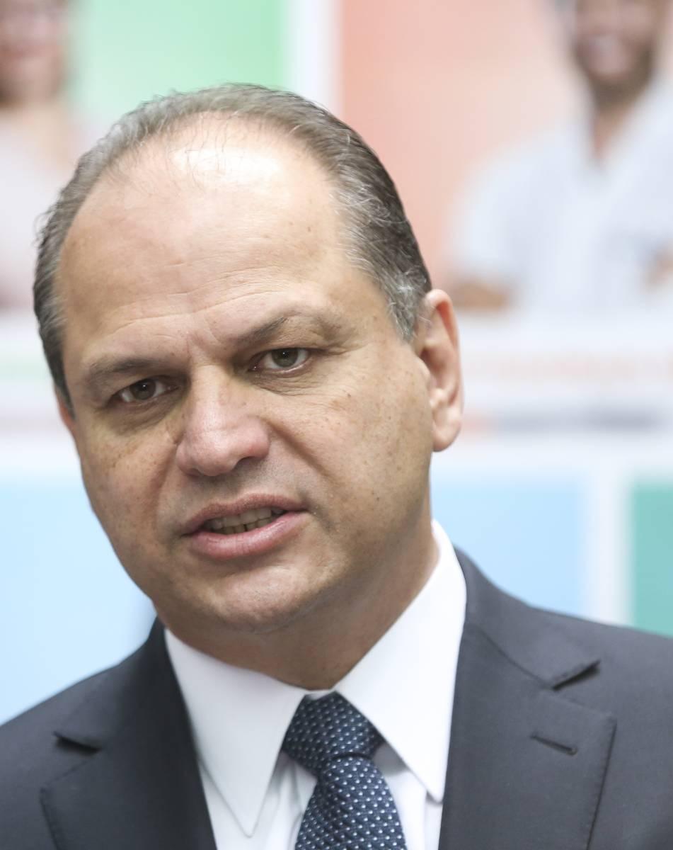 """Líder do governo Bolsonaro'constituição tornou o Brasil um país ingfovernável"""""""